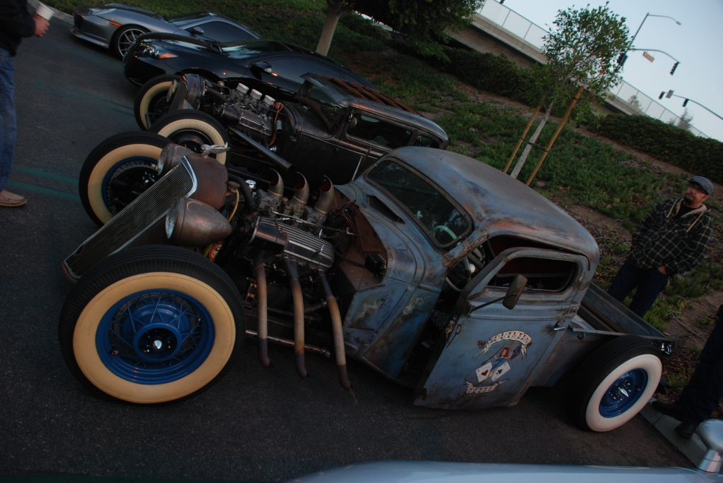 A pair of custom 1930s vintage hot rods_Cars&Coffee_November 3, 2012
