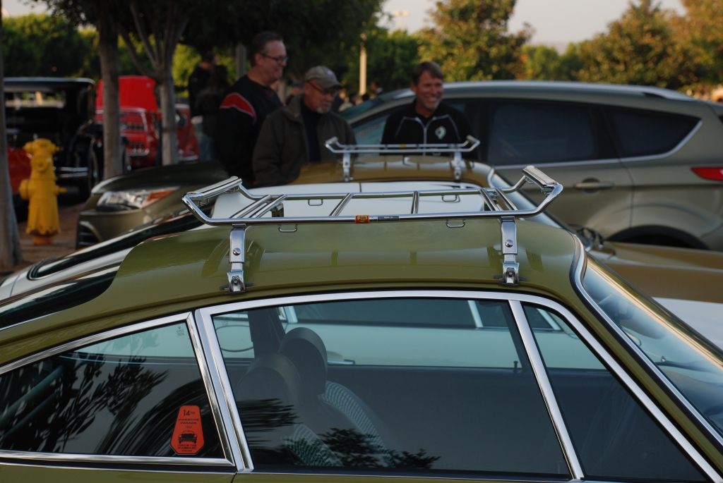 1970s model Porsche 911s with classic roof racks_Cars&Coffee_November 3, 2012