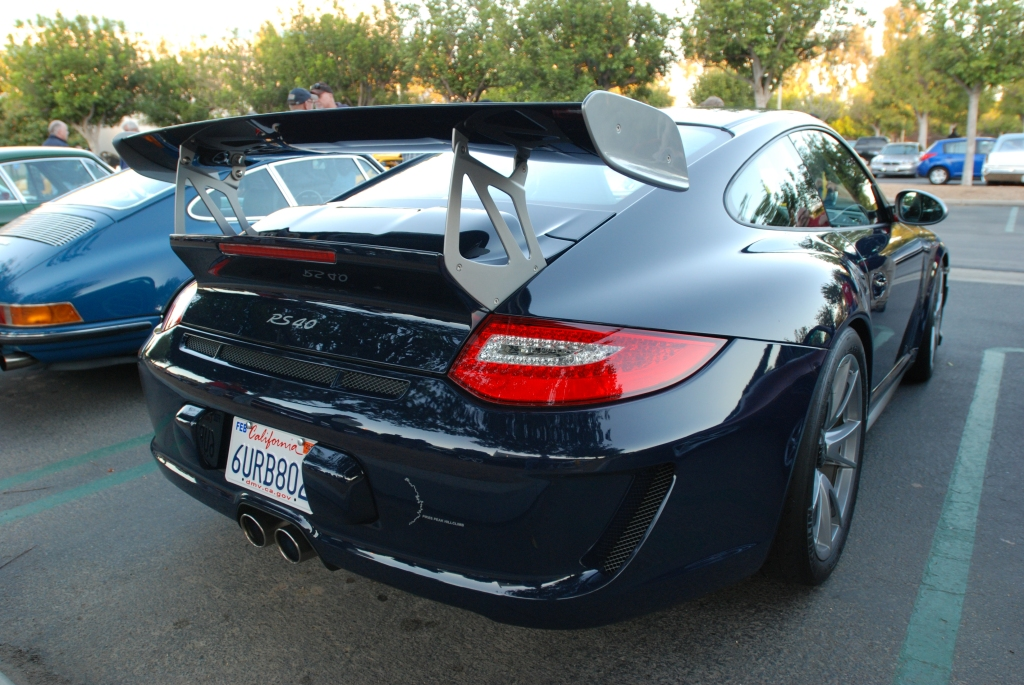 2011 Dark Blue GT3 RS4.0_3/4 right rear view & reflections_Cars&Coffee_November 10, 2012