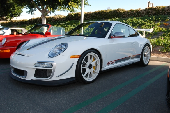 2011 white Porsche GT3 RS4.0_3/4 front view_Cars&Coffee, Irvine_DSC_0119