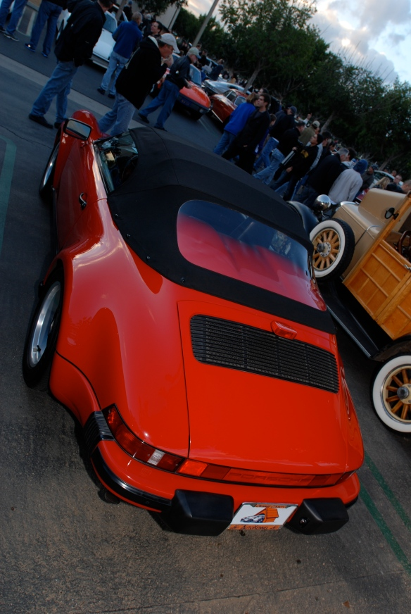 Red 1989 Porsche 911 Speedster_3/4 rear view_Cars&Coffee/Irvine_December 29, 2012_DSC_0587