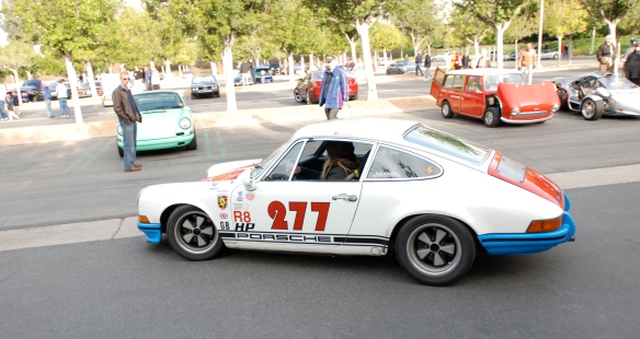 Magnus Walker 1971 Porsche 911 race car_side view_Cars&Coffee/Irvine_December 29, 2012_DSC_0656