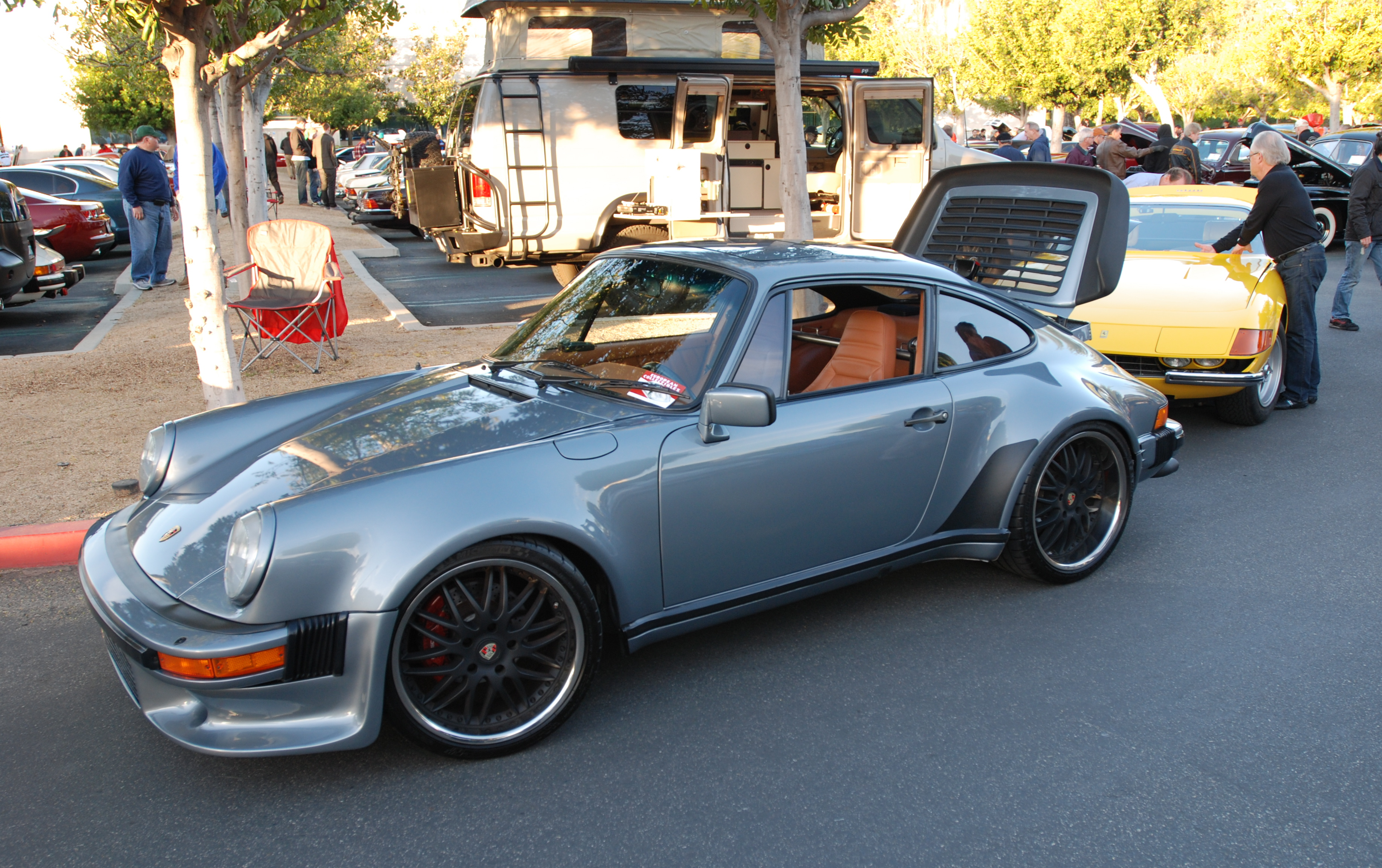 1984 Porsche 930 Turbo http://digitaldtour.com/2013/02/24/zagatos-spyders-daytonas-a-classic-alfa-one-porsche-911r-recreation-and-some-911-friends/