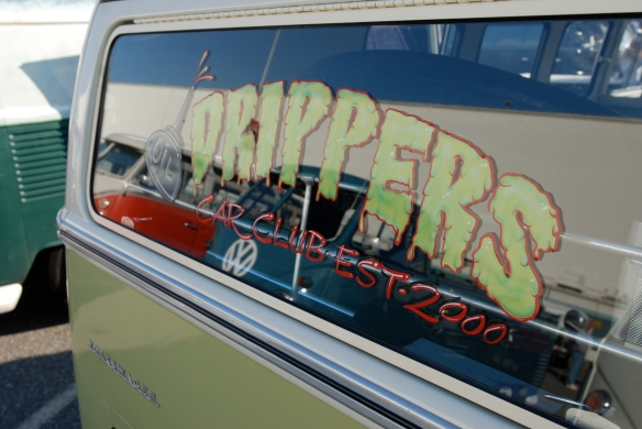 "Two toned ""Drippers "" club  Type 2 _Rear window graphic_OCTO 2013 Winter show_February 23, 2013"
