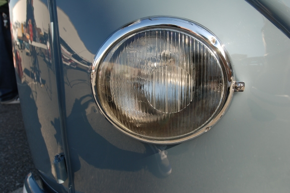 1958 Dove Blue single cab_headlight lens detail_OCTO 2013 Winter show_February 23, 2013