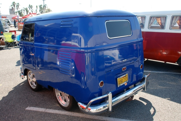Blue Shorty panel van_3/4 rear view_OCTO 2013 Winter show_February 23, 2013