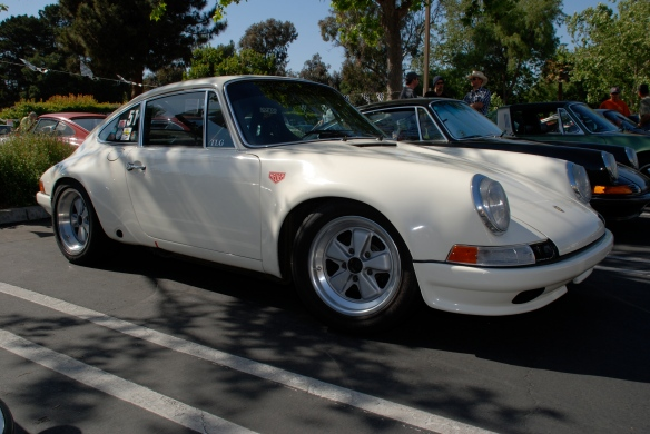 White 1972 Porsche 911 hot rod_Randy Wells car_3/4 front view_RGruppe Solvang Treffen_May 18, 2013
