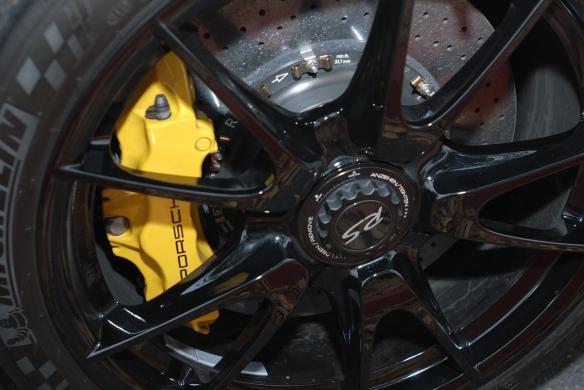 White Porsche GT3RS4.0_black wheel with yellow Porsche PCCB caliper rotor_cars&coffee_ July 13, 2013