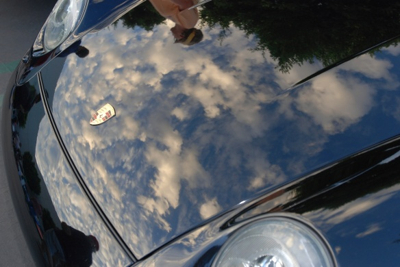 Black Porsche 993 Carrera coupe_cloud reflections in hood_Cars&Coffee_August 31, 2013
