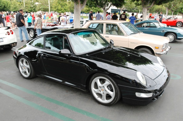 Black Porsche 993 Carrera coupe_3/4 side view w/ reflections_Cars&Coffee_August 31, 2013