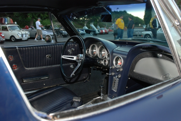 Daytona Blue 1963 Corvette Split window coupe_dash & interior detail_Cars&Coffee_9/07/13