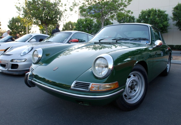 Irish Green 1968 Porsche 912 coupe_3/4 front view_cars&coffee/Irvine_10/19/13