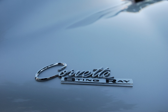 1963 Sebring silver Corvette Sting Ray split window coupe_ rear fender badge and reflections_cars&coffee/irvine_November 2, 2013