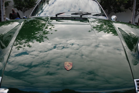 1968 Irish Green Porsche 912_hood reflections_Cars&coffee/Irvine_November 30, 2013