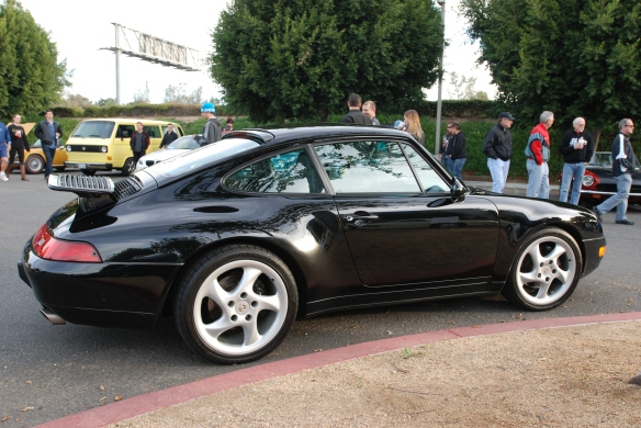 Black Porsche 993 on Porsche row_3/4 rear view_Cars&Coffee/Irvine_January 4, 2014