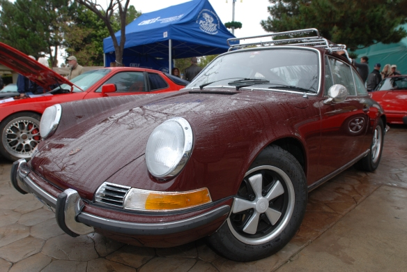 Burgundy long hood Porsche 911S_3/4 front view with raindrops_Phoenix Club Car show & Swap_March 3, 2014