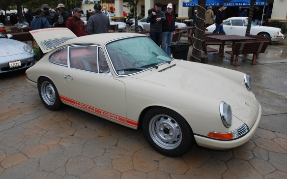 Beige Gray 1968 Porsche 911_ 3/4 side view_Phoenix Club Car show & Swap_March 3, 2014