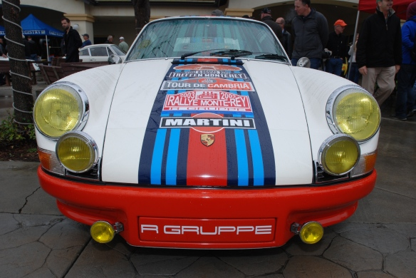 White 911T_RGRuppe with Martini stripes_front view_Phoenix Club Car show & Swap_March 3, 2014