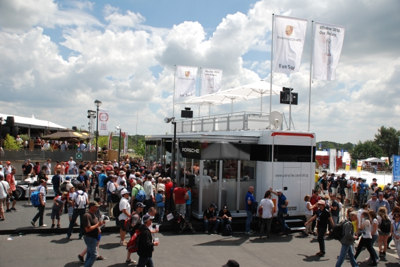 Porsche boutique_fan stop_3/4 side view__village infield_Le Mans24_June 14, 2014