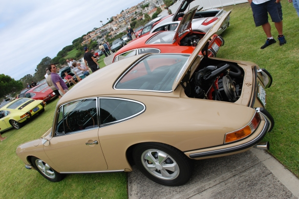 Sand beige 1967 Porsche 911S_3/4 rear view_2014 Dana Point concours_July 20, 2014