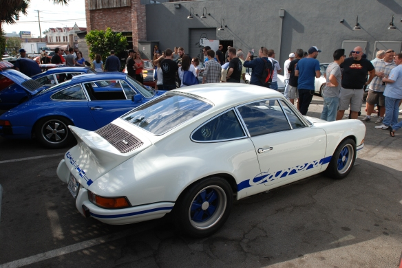white with blue accents_1973 Porsche 911 Carrera RS_3/4 rear side view_ Luftgekuhlt event_Sunday September 7, 2014