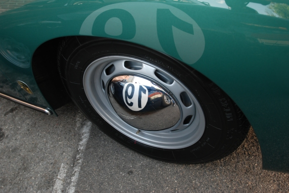 Green Porsche 356 with fender and hubcap reflections_ Luftgekuhlt event_Sunday September 7, 2014