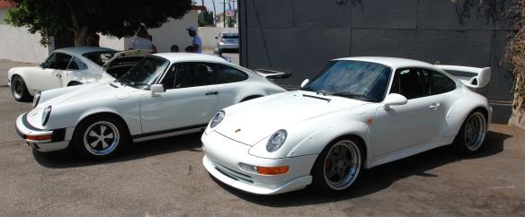 White Porsche 993 GT2_group shot_86 carrera & Singer 911_ Luftgekuhlt event_Sunday September 7, 2014