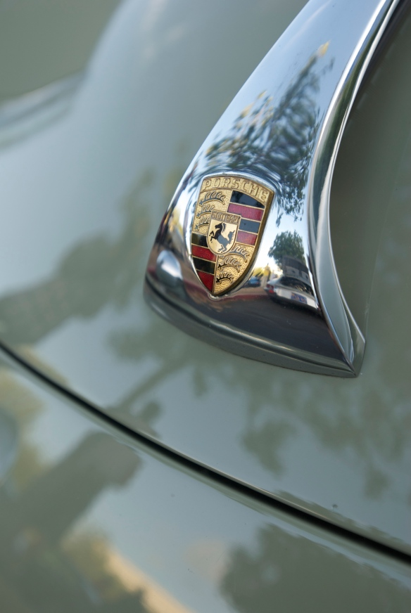 Stone gray Porsche 356 SC coupe_hood badge reflections_cars&coffee_September 27, 2014