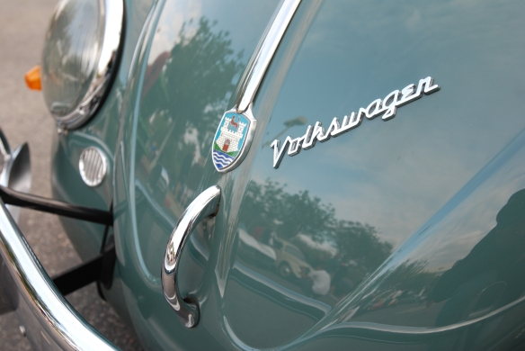 Green late 1950s VW Oval window beetle_front hood reflections_cars&coffee_October 18, 2014